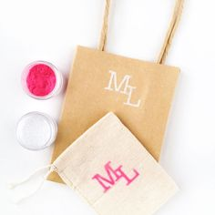 Double-sided Awesomeness : Using double-sided adhesive and your Silhouette to create gift bags - Maritza Lisa