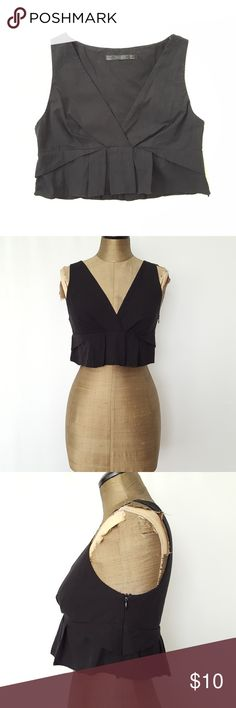 Zara Black cropped top sz S Zara black crop top  sz small  slight issue on the bottom of the zipper. ZIPPER works great just looks like some thread is coming undone  All black  semi pleated style Zara Tops Crop Tops