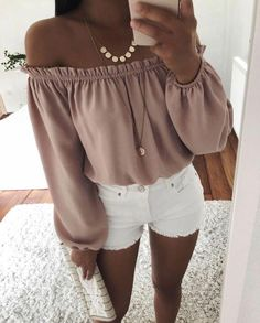Sommer Outfits Frauen über die trendy aussieht # -… Summer outfits women over 40 who looks trendy # – summer fashion ideas Summer outfits women over 40 who looks trendy # Summer Outfits Women Over 40, Outfits For Teens, Spring Outfits, Casual Summer Evening Outfit, Cute Summer Outfits Tumblr, Women's Summer Fashion, Teen Fashion, Fashion Outfits, Fashion Trends
