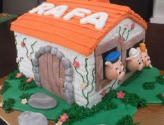 Enjoy this BIRTHDAY CAKE gallery album you can enjoy large number pictures that you can discover, discuss & give your opinion on. Plus upload and share your own Birthday Cake pics in addition to rating the photos & posting comments. Three Little Pigs Houses, Pinterest Cake, Birthday Cake Pictures, 2nd Birthday, Birthday Ideas, Disney Cakes, Cake Gallery, Occasion Cakes, Pig Houses