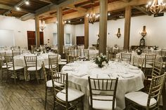 The #weddingreception set up at the Cresta Blanca room for Jennicy and Victor's wedding. Photo by: Photoflood Studio.