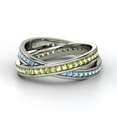 18K White Gold Ring with Peridot & Blue Topaz