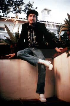 Bob Dylan L.A 1974 Hilarious shoes