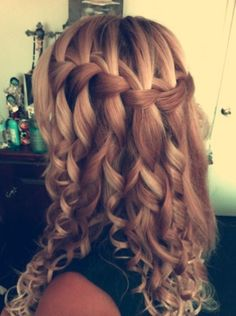 Fountain braid. Really wish I knew how to do this.