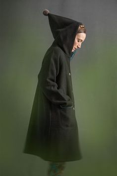 How cute is this hood? With this you don't need a hat to keep your ears warm.