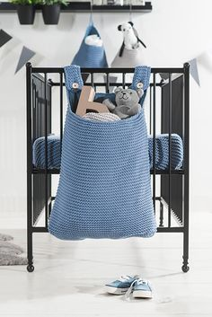 Blue storage bag of the heavy knit collection. Mooie opbergzak bok van Jollein heavy knit koop je bij babyuitzetonline.nl