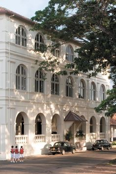 Amangalla - Arrive into Galle and stay at this beautiful colonial hotel - http://www.abercrombiekent.com.au/srilanka/