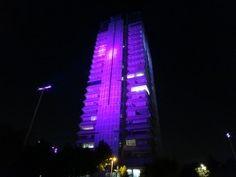Un programa de concienciación contra el cáncer de mama iluminará de color de rosa edificios y espacios públicos de todo el mundo.