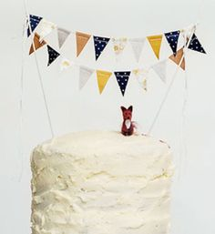 Fox cake with bunting for Reagan's 1st birthday