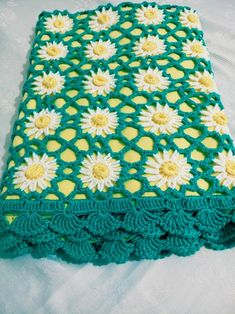 Crochet Baby Blanket, Popcorn Baby Blanket, Newborn Girl Gift, Crochet Baby Swaddle, Coming Home Out Crochet Baby Blanket With Daisy Motifs Size is cm Material is healthy baby sateen-cotton yarn. And the liner is cotton blanket fabric Gifts For Newborn Girl, Newborn Outfits, Girl Gifts, Gifts For New Moms, New Baby Gifts, Mother And Baby, Mom And Baby, Baby Blanket Crochet, Crochet Baby