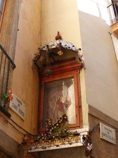 Barcelona Barcelona, Clock, Antiques, Wall, Home Decor, Watch, Homemade Home Decor, Antiquities, Barcelona Spain