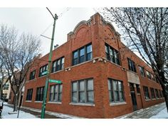 Lincoln Park Lofts For Sale #LincolnParkChicago #LoftLiving
