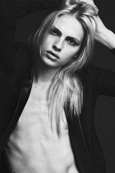 Andrej Pejic. Photo. Model. Models. Androgyny. Style. Indie. Cool. Fashion. Pose. Jawline. Guys. Eyes.