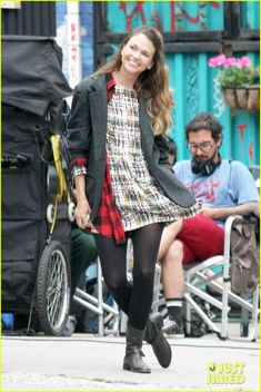Sutton Foster Gets 'Younger' in NYC