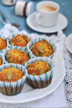 Pumpkin muffins Pumpkin muffins - is so wonderful and simple option for home baking, that you simply can not miss it! Baking Recipes, Real Food Recipes, Dessert Recipes, Sweet Pastries, Hash Tag, Home Baking, Sweet Breakfast, Pumpkin Puree, Something Sweet