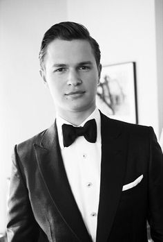 Ready for the red carpet! Photographed Ansel before heading out to the Met Gala. Gorgeous Men, Beautiful People, Best Young Actors, Ansel Elgort, The Fault In Our Stars, Pierce The Veil, Best Model, Celebs, Celebrities