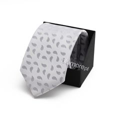 Dodatki do wizytowych kreacji to bardzo istotny element. Dobierz krawat do garnituru swojego syna i już teraz ciesz się szykowną stylizacją! | Cena: 19,90 zł | Link do sklepu: http://tiny.pl/gx5j9