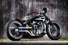http://blog.allopneus.com/2015/05/detournement-pneus-moto-pour-preparations/