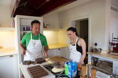 Olivier Fabing - Lösch für Freunde - Schokoladentörtchen und Rezept - Himbeeren und Erdbeeren - verzieren