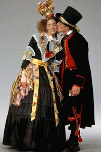 Married couple dressed in Delsbo traditional dresses from Hälsingland district, Sweden | Brudpar från Delsbo, Hälsingland.