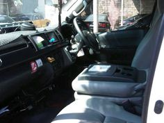 Sewa Mobil Toyota Hiace Jogja | Rental Mobil Jogja