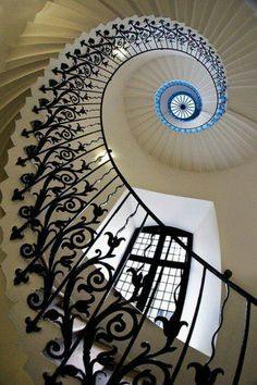 Staircase design and spiral staircase details. Staircase components and design tips. Staircase parts to create a spiral staircase showpiece Beautiful Architecture, Art And Architecture, Architecture Details, London Architecture, Golden Ratio Architecture, Georgian Architecture, Balustrades, Banisters, Iron Railings