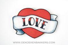 Tattoo cookie 'LOVE'