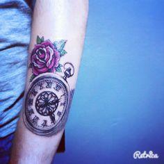 Clock&rose #tattoobyhasan #tattoodesign #antalya #tattoo #yagmurlubirgun #yenilikler #clock #rose #oldschool #mutlubirgun