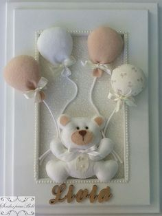Decoração para o quarto do bebê e Maternidade Baby Crafts, Felt Crafts, Diy And Crafts, Baby Kranz, Sewing Projects, Projects To Try, Baby Shawer, Quilt Baby, Baby Memories