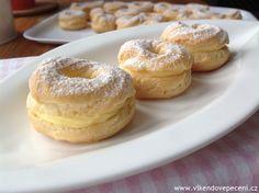Žloutkové věnečky Czech Recipes, Bagel, Doughnut, Cheesecake, Bread, Cupcakes, Food, Kuchen, Cupcake Cakes