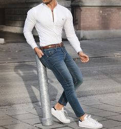Mens fashion, Mens fashion smart, Mens fashion summer outfits, Mens fashion Mens fashion casual, Polo shirt outfits - casual mens fashion which look fab casualmensfashion - Mens Fashion Summer Outfits, Mens Fashion 2018, Mens Fashion Suits, Sexy Outfits, Outfit Jeans, Shirt Outfit, Stylish Men, Men Casual, Traje Casual