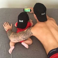Imagem de baby, love, and family Ace Family, Family Goals, Dad Baby, Baby Boy, Cute Kids, Cute Babies, Daddy And Son, Father Daughter, Foto Baby