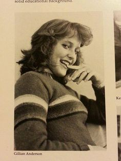 Gillian Anderson Grade School Yearbook The X-Files Dana Scully Chris Carter, Dana Scully, David Duchovny, Le Jolie, Beautiful Actresses, Redheads, Movie Stars, How To Look Better, Belle