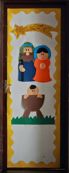 Risultati immagini per portas decoradas de natal Christmas Classroom Door, Christmas Nativity, Christmas Art, Christmas Activities, Christmas Crafts For Kids, Xmas Crafts, School Door Decorations, Christmas Door Decorations, Sunday School Crafts
