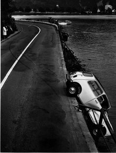 Old photographs of real car accidents by Arnold Odermatt