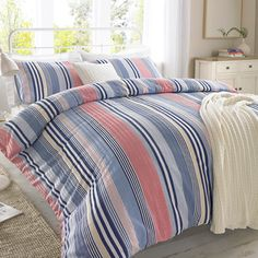 Ideal Bedding | Duvet Covers| Bedsheets | Pillowcase Pieridae Seersucker Narrow Stripe Duvet Quilt Bedding Cover and Pillowcase Bedding