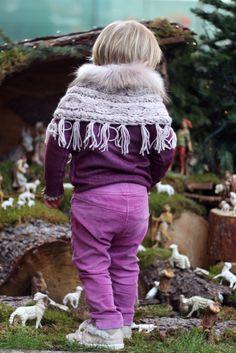 Playing with grandma's nativity scene - @ilgufospa outfit, @liujoofficial poncho and @zaraofficial shoes. #christmas #ilgufo #liujo #zarakids #fallwinter2014 #FW14 #children #kids #childrenwear #kidswear #kidsfashiontrends #girls #boys