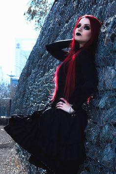 Model/MUA: Señorita Klaha Photo:Fernando Sana Fotografía - FotoActiva Welcome to Gothic and Amazing |www.gothicandamazing.com