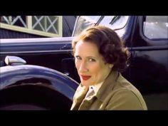 Horrible Histories Queen Fit - YouTube