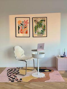 Fumina Tsuji, ELLE Japan's fashion editor, gives us a tour of her Copenhagen apartment. #apartmentliving #apartmenttherapy #hometour #homeinterior #interiordesign #decor #interiorinspiration #scandinaviandesign #scandidesign Pastel Room, Pastel House, Room Ideas Bedroom, Bedroom Decor, Plakat Design, Indie Room, Cute Room Decor, Piece A Vivre, Aesthetic Room Decor