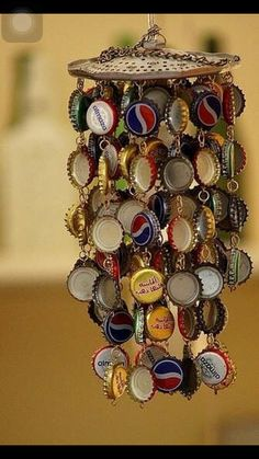 DIY Wind Chime Ideas bottle-cap wind-chime: easy craft project for boys old enough to use a hand drill. J is going to LOVE this.bottle-cap wind-chime: easy craft project for boys old enough to use a hand drill. J is going to LOVE this. Diy Projects To Try, Crafts To Do, Craft Projects, Arts And Crafts, Easy Crafts, Kids Crafts, Weekend Projects, Welding Projects, Project Ideas