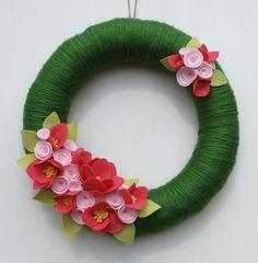 Guirnalda de verano rosa y verde hilo y fieltro por CuriousBloom