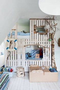 I just may do this for C, A, & R's room!
