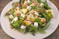 Salade met brie, walnoten en appel | Lekker en Simpel