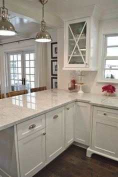 If you're in a rut on a small kitchen remodeling design, then you might just need to know that designing this tiny piece of space only boils down to strategizing on what you can fit in and where…MoreMore #KitchenRemodeling