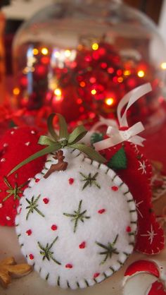 felt christmas ornaments - Google Search