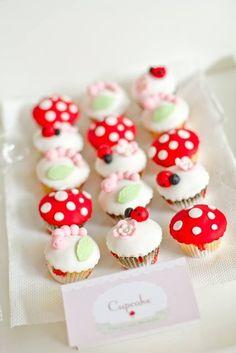 Photo 1 of 'Enchanted Garden Fairy Party' / ladybug cupcakes Garden Cupcakes, Fairy Cupcakes, Cute Cupcakes, Ladybug Cupcakes, Spring Cupcakes, Kitty Cupcakes, Snowman Cupcakes, Ladybug Party, Giant Cupcakes