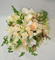 Shabby Chic Vintage Ivory Bouquet Garden Spring Summer Wedding Flowers Photos & Pictures - WeddingWire.com