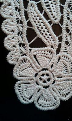 Point Lace Romanian Style Crochet Doily Beige by ValeriasShop - Ugala Crochet Symbols, Crochet Doily Patterns, Macrame Patterns, Lace Patterns, Crochet Doilies, Crochet Lace, Dress Patterns, Crochet Cord, Form Crochet