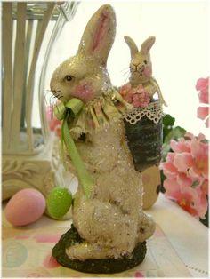 Mama bunny - plastic bunny paint glitter? ????